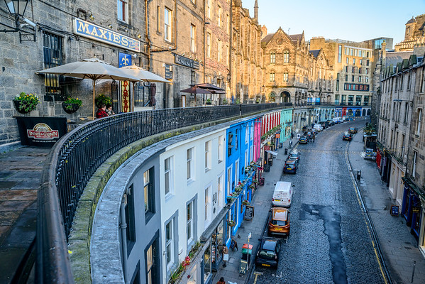 The spectacular Victoria Street/ West Bow