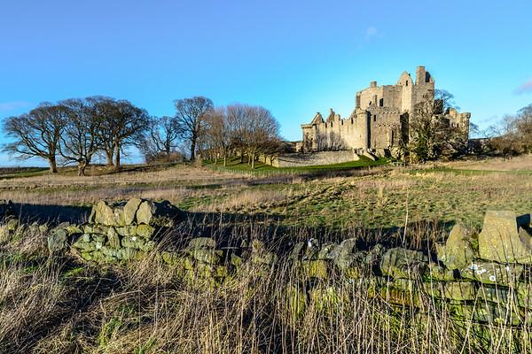 Craigmillar Castle in the Sun