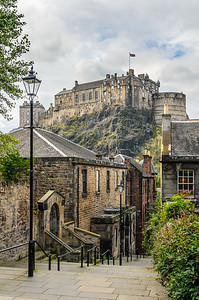 The Vennel and the Castle