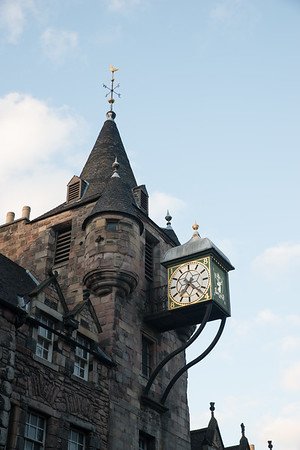 """What time is it?"" at the Tolbooth clock"