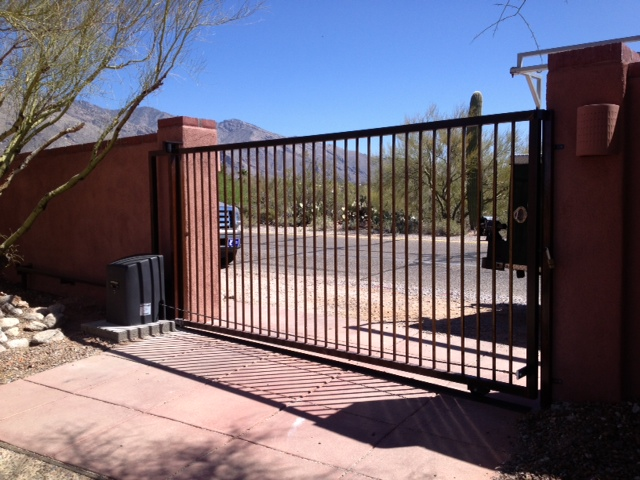 Residential Slide Gate with Operator