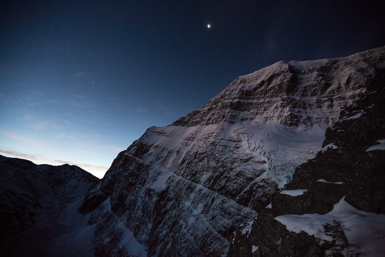 Mt Edith Cavell at first light