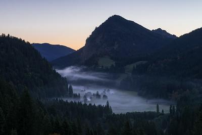 Morgennebel über dem Vilstal
