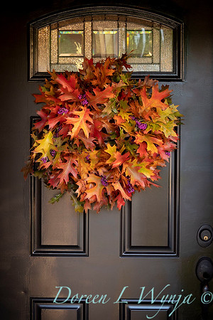 Fall wreath - front door_7387