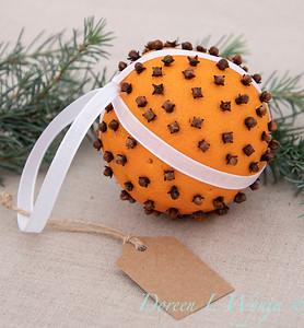 Clove and Orange holiday ball_896