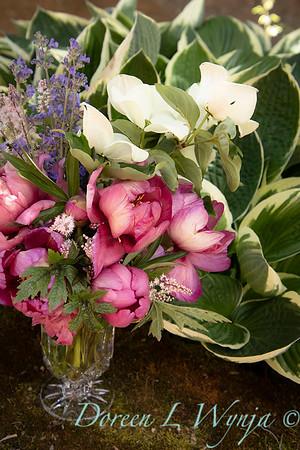 5259 Peaonia x 'Smith Opus 2' Takara - Cornus 'Venus' cut flowers_0947