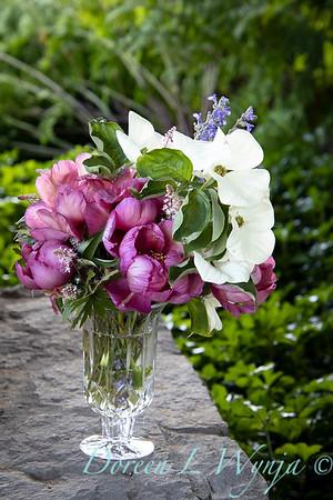 5259 Peaonia x 'Smith Opus 2' Takara - Cornus 'Venus' cut flowers_0965