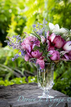 5259 Peaonia x 'Smith Opus 2' Takara - Cornus 'Venus' - 6228 Nepeta x faassenii 'Walker's Low' cut flowers_0977