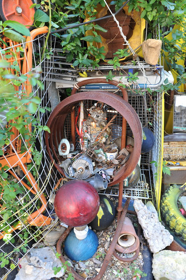 Cathedral of Junk 07
