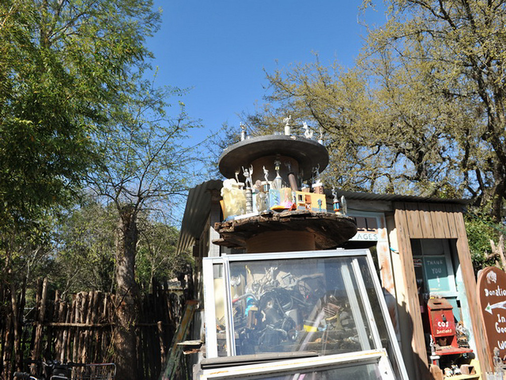 Cathedral of Junk 02