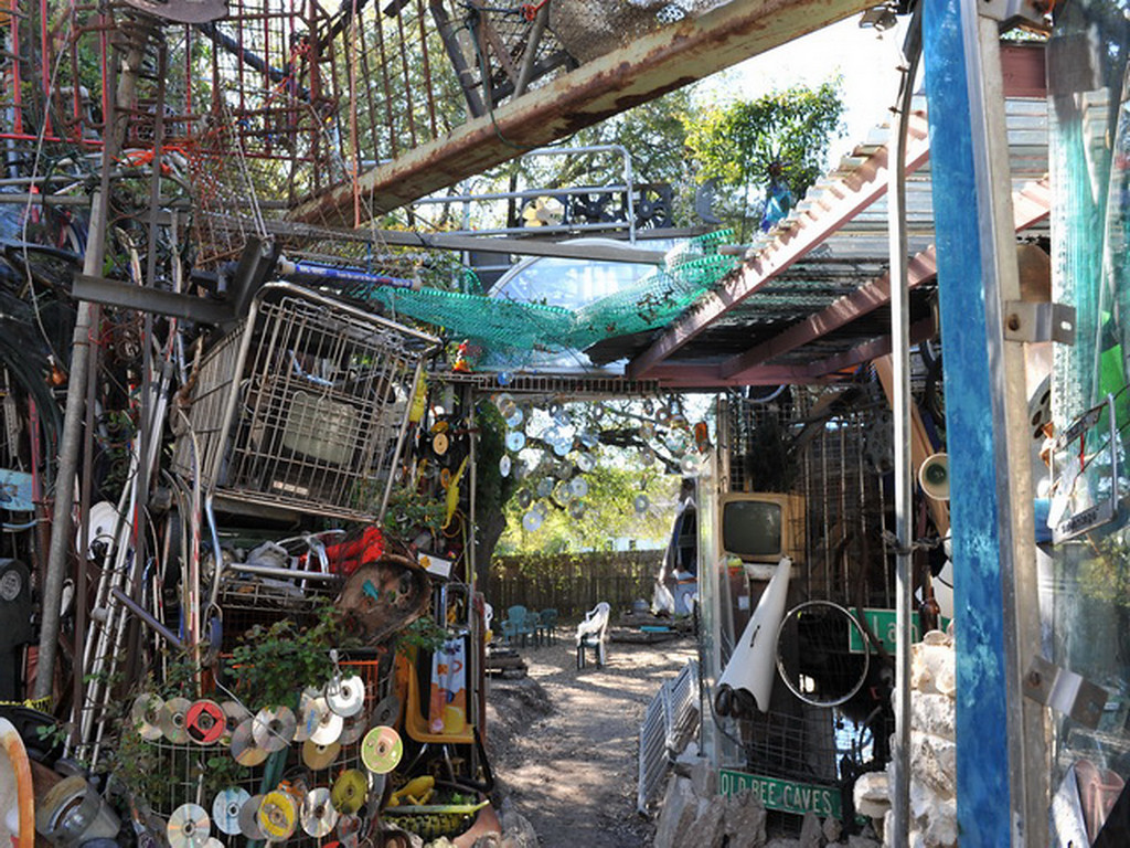 Cathedral of Junk 29