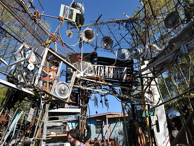 Cathedral of Junk 05