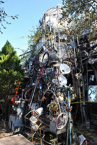 Cathedral of Junk 11