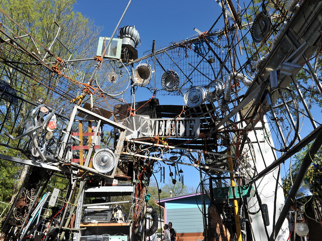 Cathedral of Junk 26