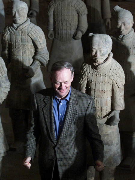 Canadian Prime Minister Jean Chretien strikes the pose of the Terracotta Warriors as he tours the Museum of the Terracotta Warriors near the city of Xi'an, China, Monday, Febuary 12, 2001.(CP PHOTO/Fred Chartrand)