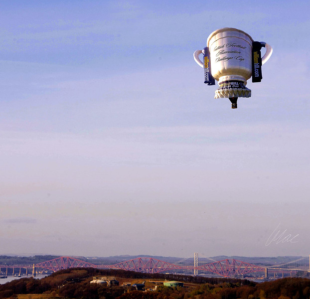 15/04/14 - Scottish Cup Giant Air Balloon