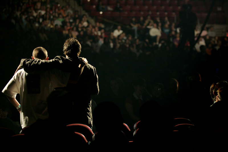 Amherst, MA 9/22/06.  Ron Luce talks with a participant during the first session at Acquire the Fire, a evangelical Christian event aimed at bringing teenagers back into the religious fold.  The two day event was held at the Mullins Center in Amherst, MA September 22nd and 23rd, 2006.
