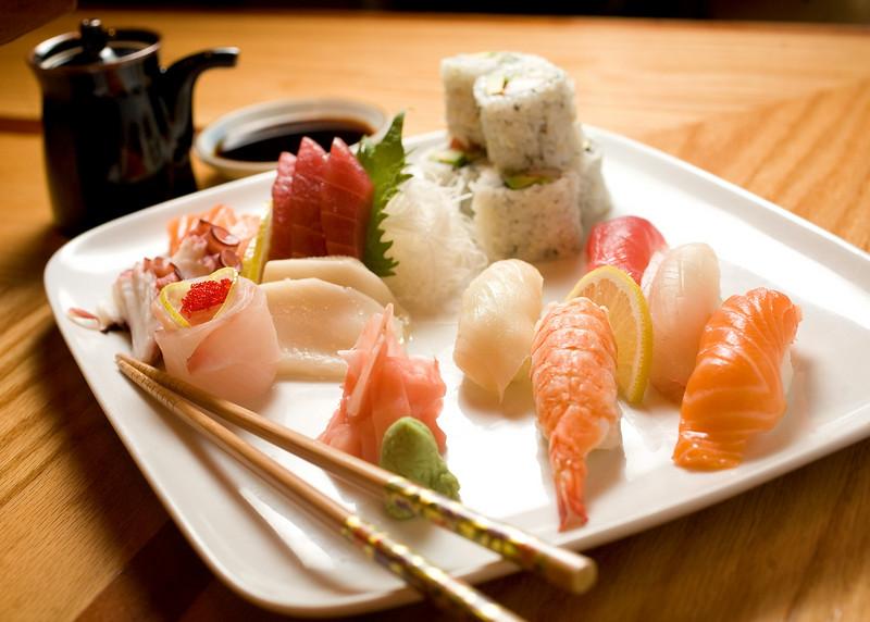 12/27/07 Boston, MA -- An assortment of sushi, sashimi and maki at Yoki, a new sushi restaurant in Medford,  MA Thursday December 27, 2007.  Erik Jacobs for the Boston Globe