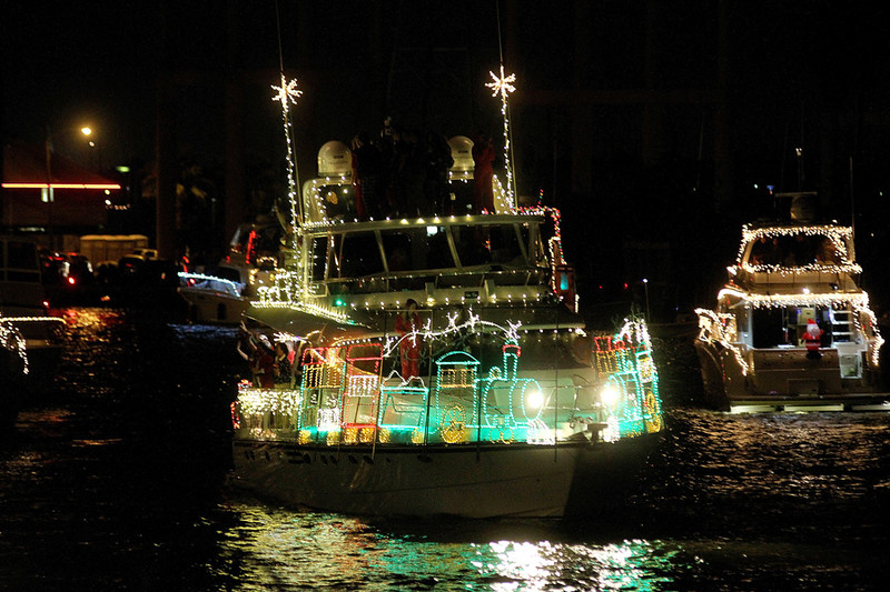 z6boatparade