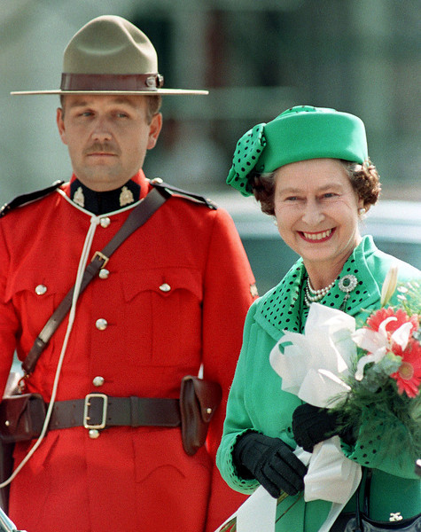 Queen Elizabeth II arrives in Moncton, N.B., September 24, 1984 for a two week visit to Canada.  (CP PHOTO/Fred Chartrand)