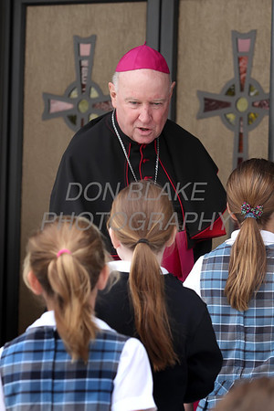 Bishop Malooly welcomes students from around the Diocese to the Youth Rosary Rally at Holy Spirit Church. www.DonBlakePhotography.com