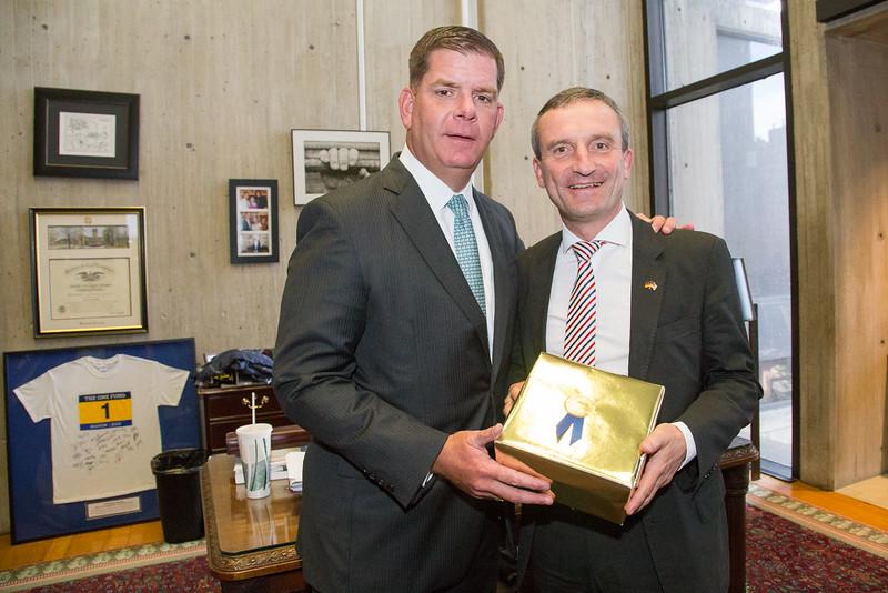 Boston Mayor Marty Walsh & Thomas Geisel, Mayor of Düsseldorf, for the City of Düsseldorf