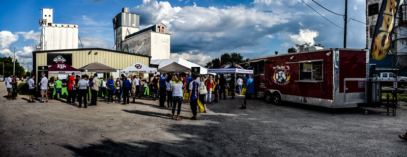11-2016-FirefliesFoodTrucks-BPX_6974-Pano-Final