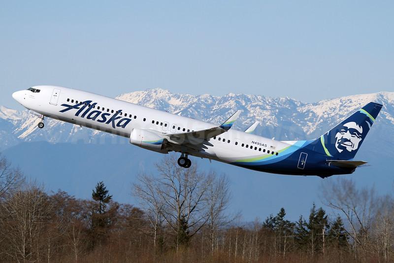 Alaska Airlines Boeing 737-990 ER WL N495AS (msn 41728) PAE (Nick Dean). Image: 931770.