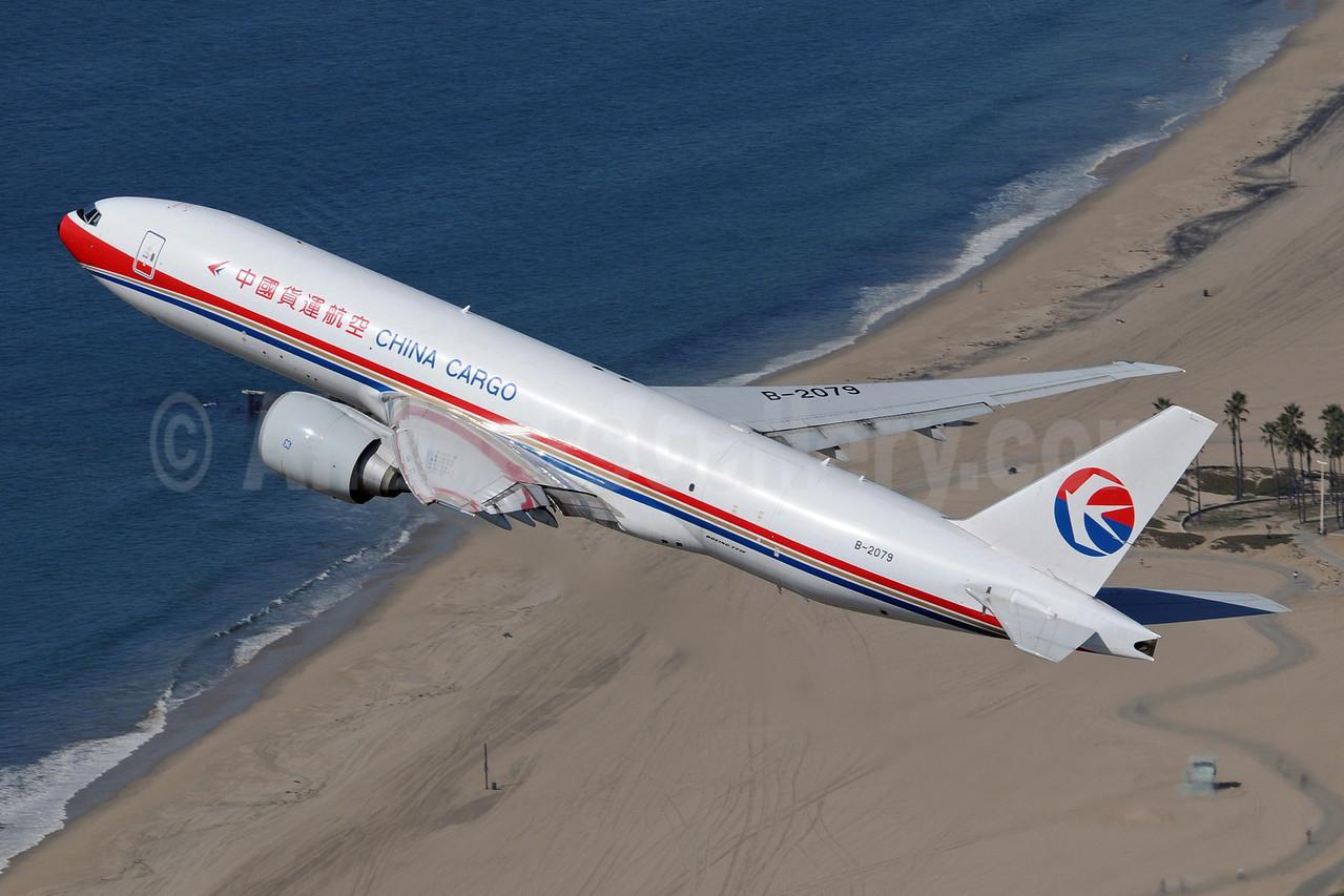 China Cargo Airlines Boeing 777-F6N B-2079 (msn 37715) LAX (Sam Chui). Image: 907625.
