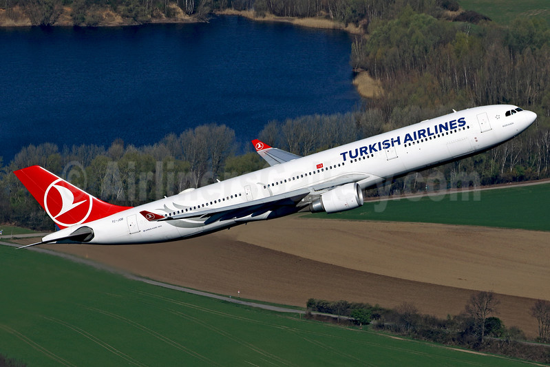 Turkish Airlines Airbus A330-303 TC-JOB (msn 1514) DUS (Rainer Bexten). Image: 938018.