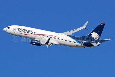 AeroMexico Boeing 737-852 SSWL XA-AMK (msn 36702) LAX (Michael B. Ing). Image: 935884.