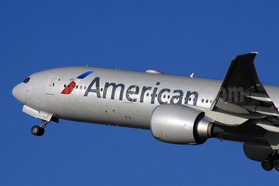 American Airlines Boeing 777-323 ER N718AN (msn 41665) LHR (SPA). Image: 925770.