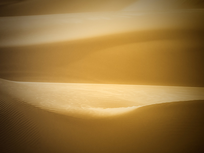 "A close up shot of the desert sand in Huacachina (Ica), Peru.  This is a travel photo from Huacachina (Ica), Peru. <a href=""http://nomadicsamuel.com"">http://nomadicsamuel.com</a>"