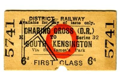 Edmondson_ticket_District_Railway_single_1st_first_class_Charing_Cross_to_South_Kensington_1