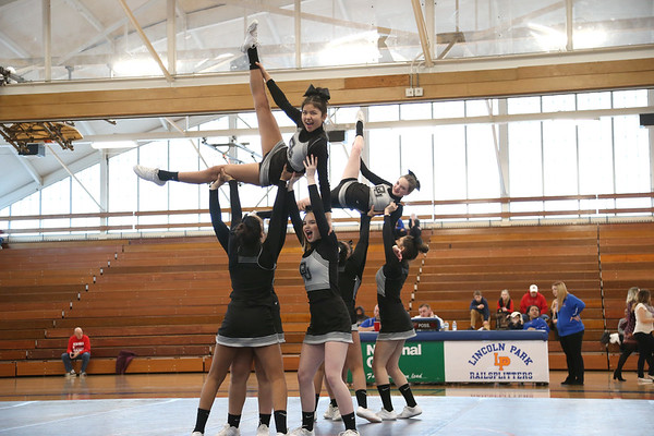 Dearborn United Competitive Cheer