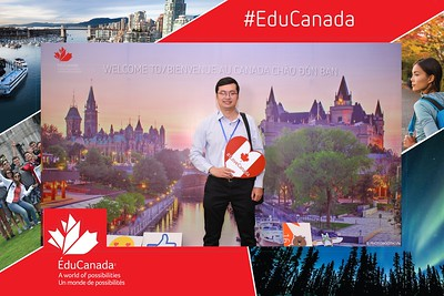 EduCanada-11th-Canada-Education-Fairs-2019-photobooth-Chup-anh-in-hinh-lay-lien-Su-kien-tai-Ha-Noi-WefieBox-Photobooth-Hanoi-328