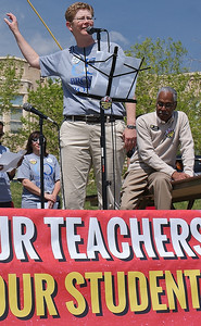 teachers-union-march-42