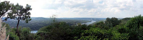 View from Jill's house. First time panorama. Yea!!