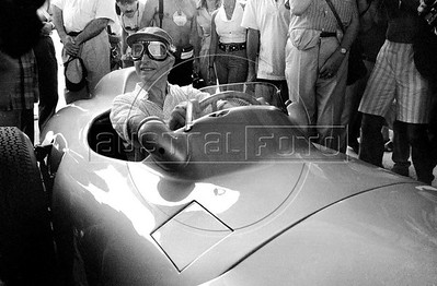 Five-time formula one world champion, the argentinian Juan Manuel Fangio sits in a Mercedes-Benz W196 racing car in Nelson Piquet Autodrome in Jacarepagua, Rio de Janeiro, Brazil, April 3, 1987. Juan Manuel Fangio who dominated automobile-racing competition in the 1950s, winning the world driving championship in 1951, 1954, 1955, 1956, and 1957. (Austral Foto/Renzo Gostoli)
