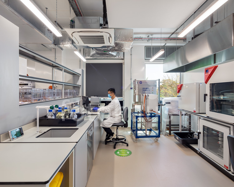University of Exeter Dielectric Lab