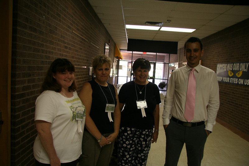 Volunteers from Woodway's Staff