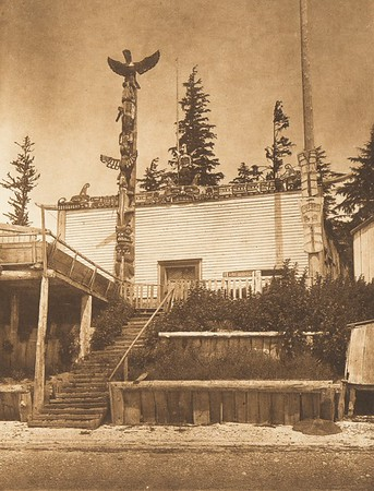 Tenaktak House, Harbledown Island (The North American Indian, v. X. Norwood, MA: The Plimpton Press, 1915)