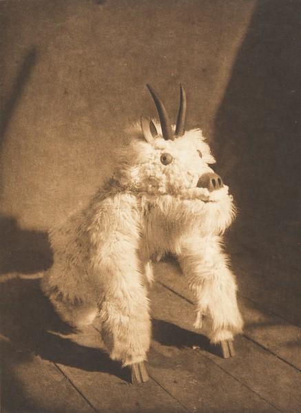 Tawihyilahl - Qagyuhl (The North American Indian, v. X. Norwood, MA: The Plimpton Press, 1915)