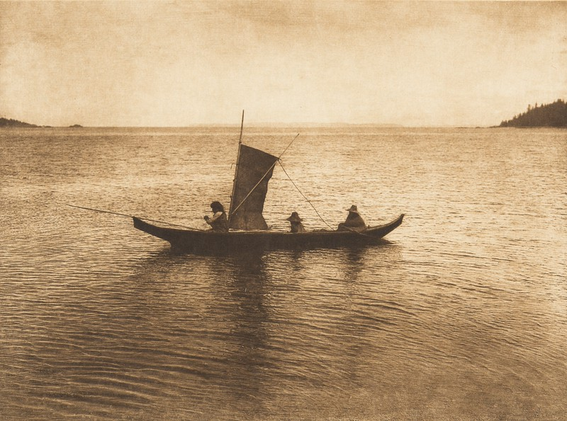 A Kwakiutl Canoe (The North American Indian, v. X. Norwood, MA: The Plimpton Press, 1915)