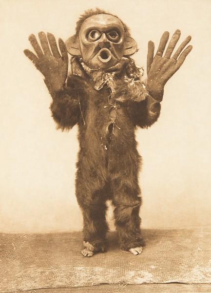 Hami - Koskimo (The North American Indian, v. X. Norwood, MA: The Plimpton Press, 1915)