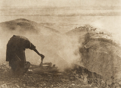 Cooking whale blubber (The North American Indian, v. XI. Cambridge, MA: The University Press, 1916)