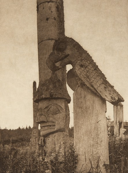 Totems at Yan (The North American Indian, v. XI. Cambridge, MA: The University Press, 1916)