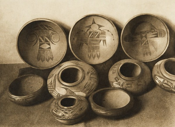 East Mesa pottery (The North American Indian, v. XII. Norwood, MA, The Plimpton Press, 1922)