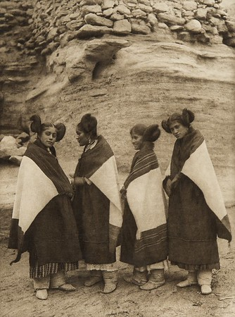 Hano and Walpi girls wearing atoo (The North American Indian, v. XII. Norwood, MA, The Plimpton Press, 1922)