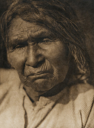 Achomawi woman (The North American Indian, v. XIII. Norwood, MA, The Plimpton Press,  1924)